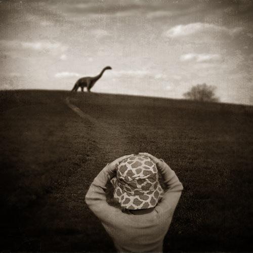 Ella y el dinosaurio